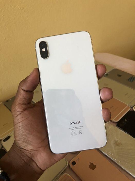 iPhone Xs max 64gb Branco