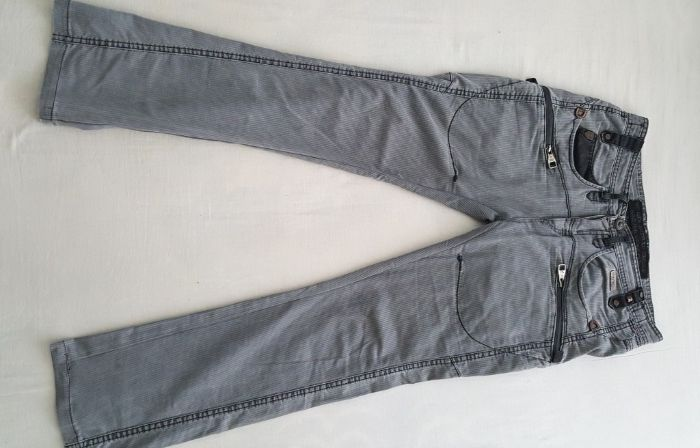 Jeans moderni calitate RNT 23 London originali mărimea XL