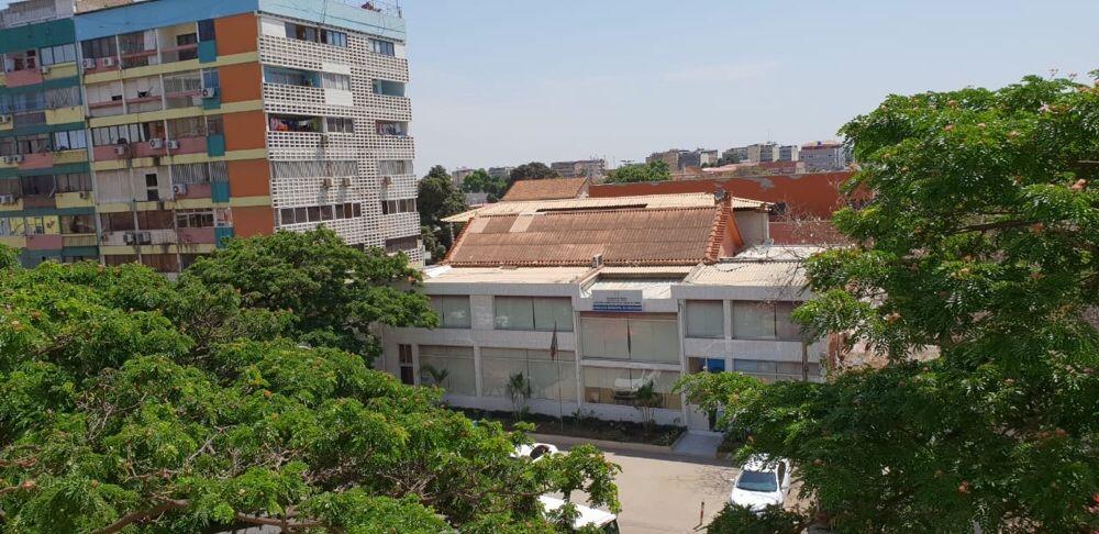 Venda t2+1 avenida Brasil 33milhões kwz