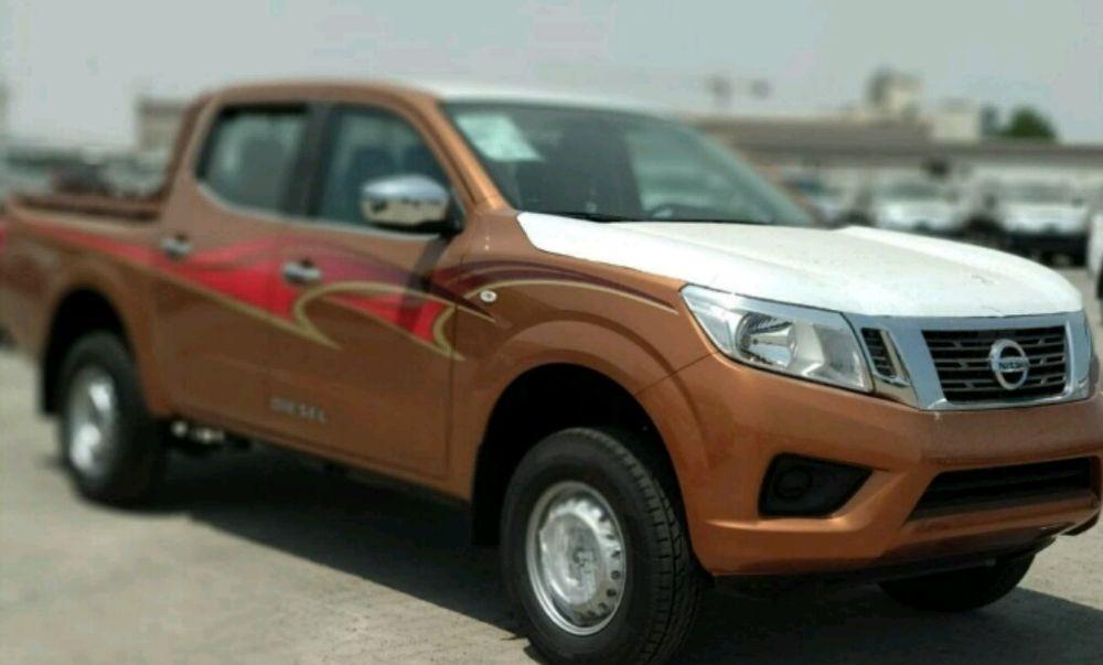 Nissan Navara se 4×4 a venda