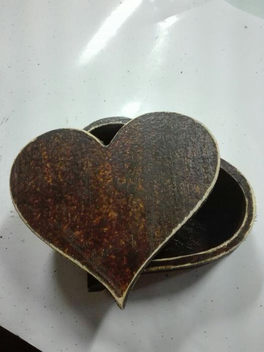 Дървена кутия за бижута - Сърце