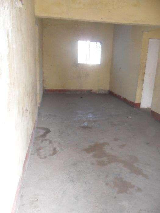 vende-se casa no bairro patrice Lumumba Bairro Central - imagem 5