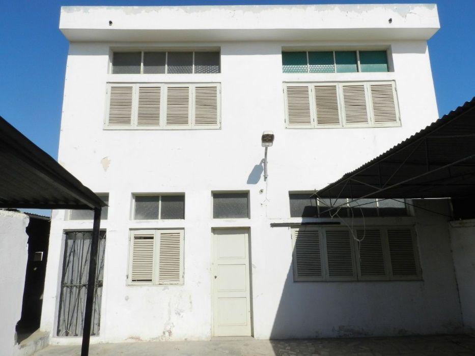 Casa T4 R/C, a venda - No Namibe