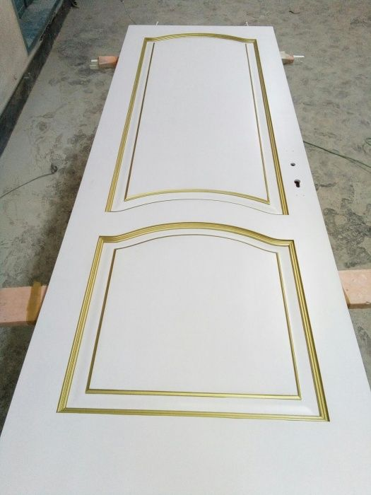 Реставрация меж комнатных дверей и мебели