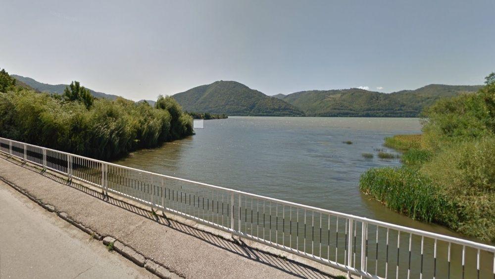 Vanzare  terenuri constructii Caras Severin, Berzasca  - 11000 EURO