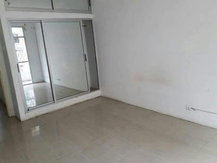 Vende se apartamento tipo3 no B central proximo do Surf Av. 24 de julh Bairro Central - imagem 5