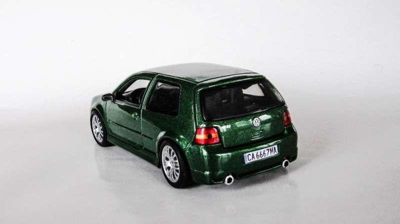 Умалени модели на VW Golf 4 в мащаб 1/24 по поръчка! гр. София - image 8