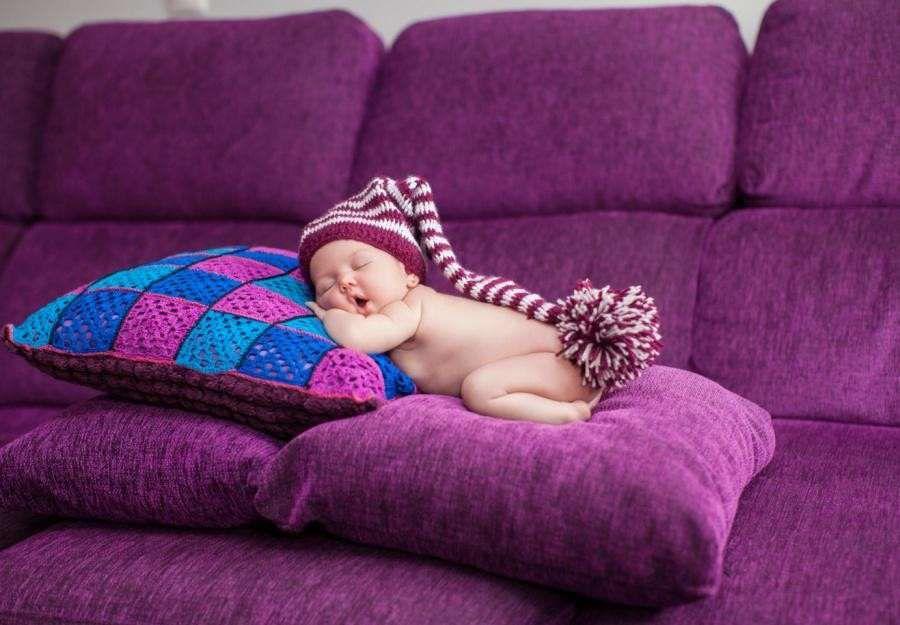 Детский плед из пенки с подушечкой в манеж или кроватку