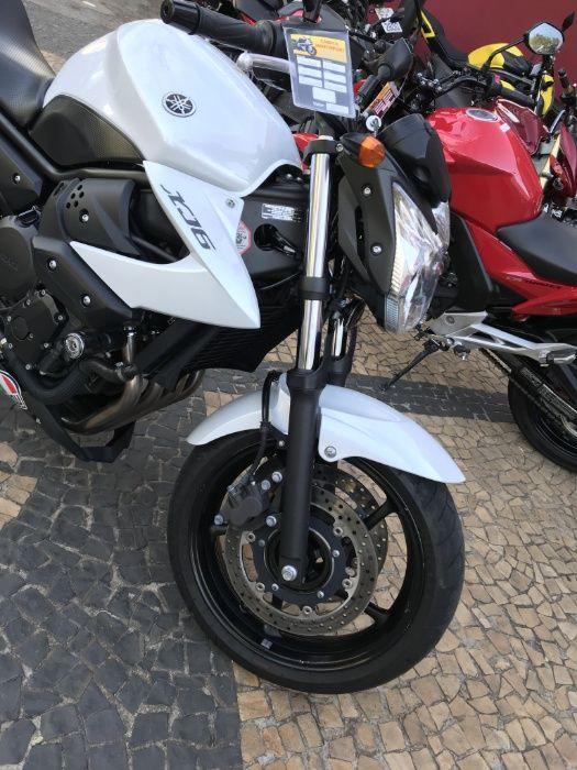 Moto yamaha xj6 N 600