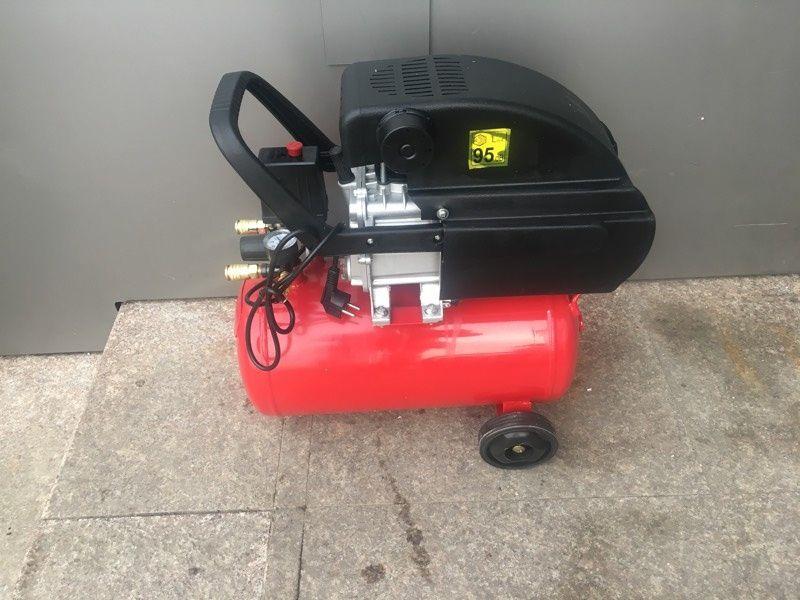 Компресор за въздух RD-AC04Z 24 литра