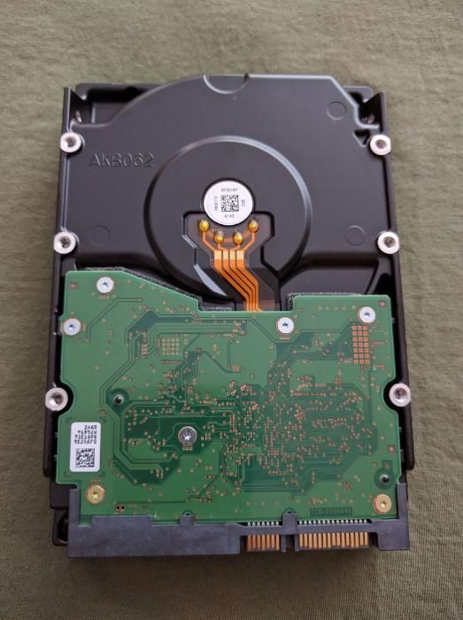Hard disk 4TB HGST Ultrastar HUS726040ALA614 HDD Enterprise folosit