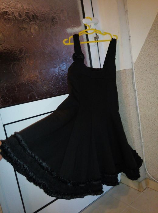 Ново!!! Красива черна рокля за момиче