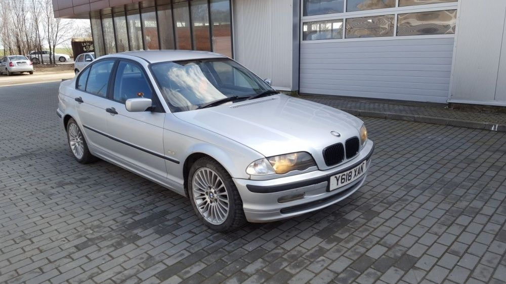 Dezmembrez BMW 318 E 46