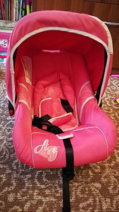 Продавам бебешко столче за кола до 13.