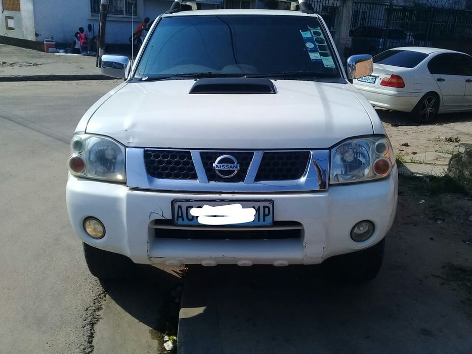 Nissan Hardbody NP 300...eiah/wild.5.8