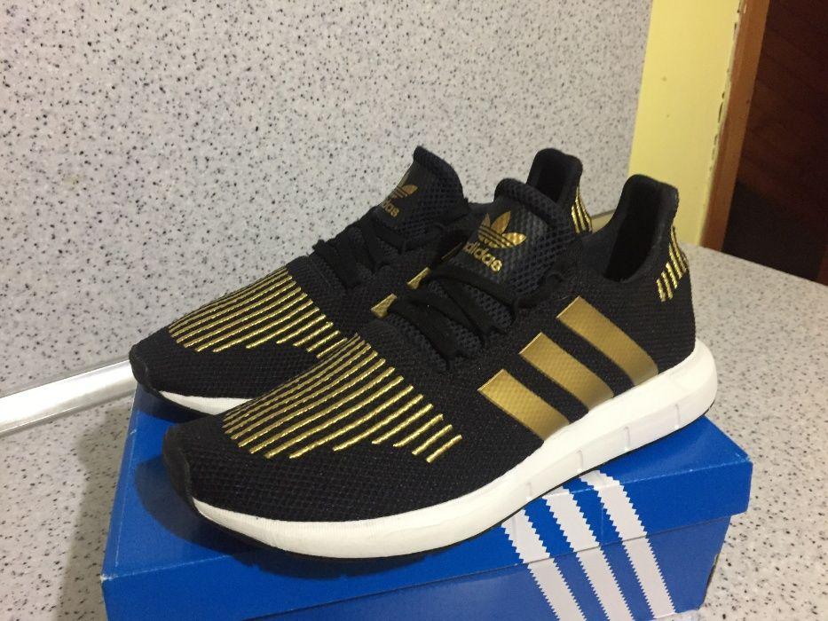 НОВО *** ОРИГИНАЛНИ Adidas Originals Swift Run Black & GOLD