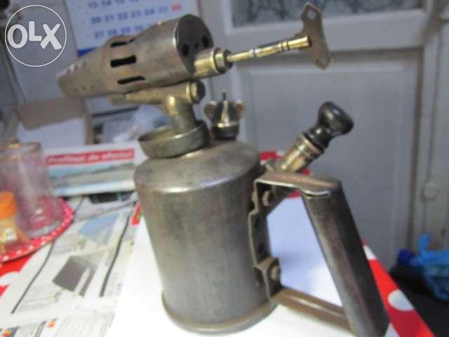 Pompa de benzina, obiect de colectie,marcata, semnata Gustav Berthel