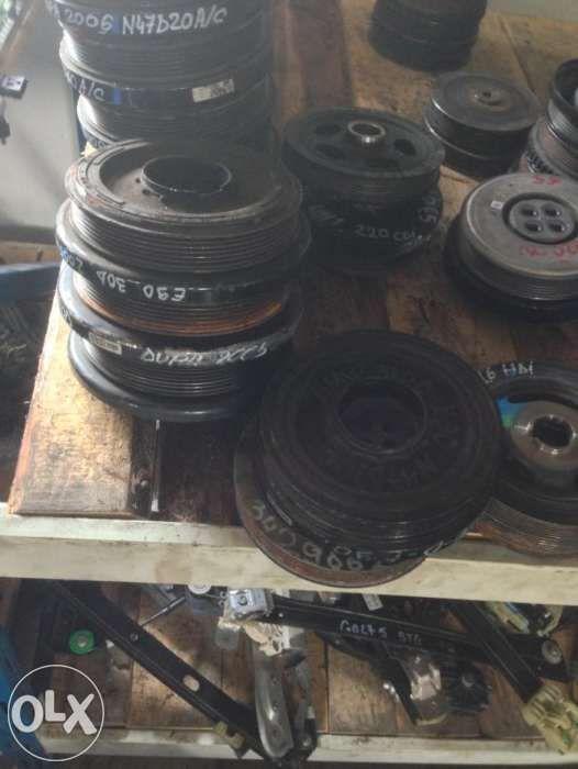 Fulii bmw 320d 330d E90 530d F10 730d F01 la 200 euro pompa inalte bmw