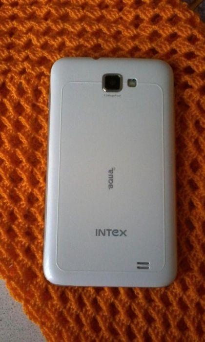 Продам смартфон Intex Aqua 5.0