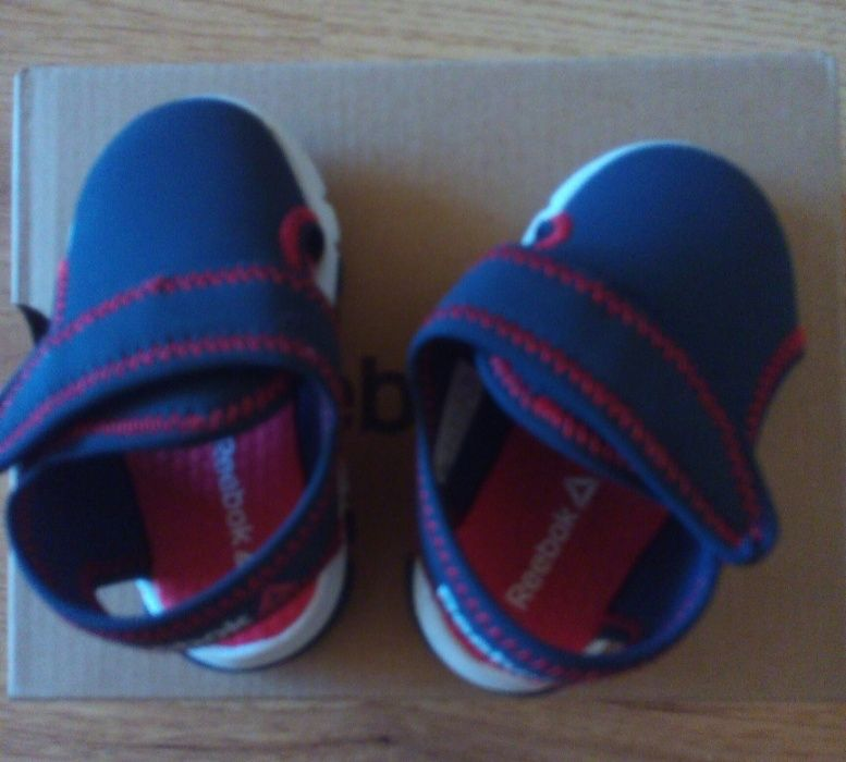 Детски сандали Reebok