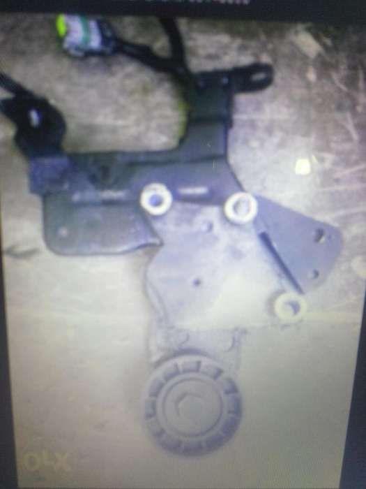 Intinzator curea accesorii Ford Focus 2,16 diesel TDCI,an 2005/2011