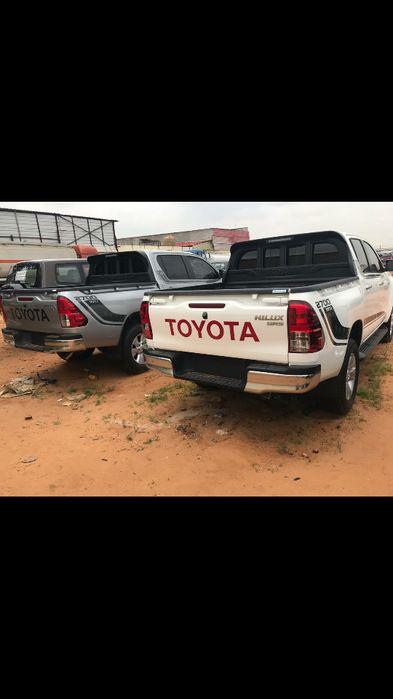 Vende-se Toyota Hilux, automáticas, carros novos, ñ hesite em ligar.