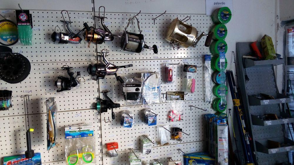 Venda de Materiais & Artigos de Pesca, e Reparações.