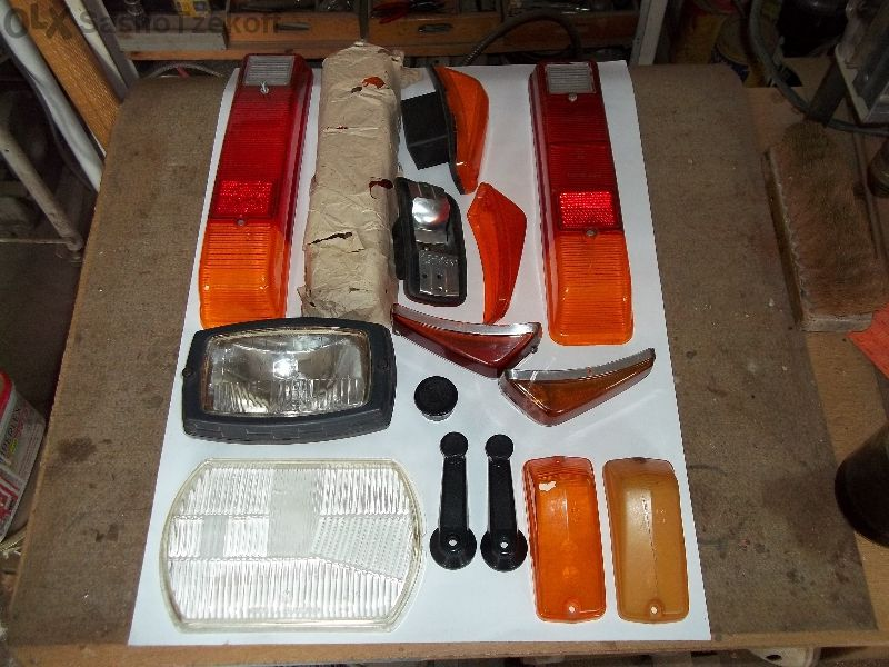 Вартбург 353комби купе оборудвана маска задна седалка и други части