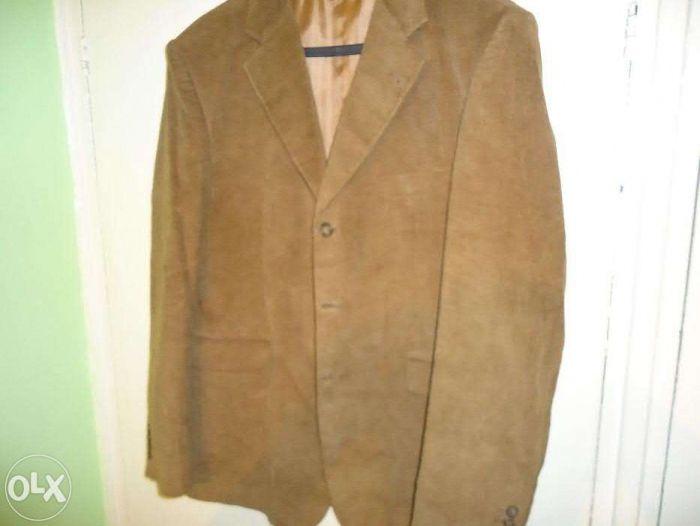Вельветовый новый мужской костюм и джинсовая жилетка