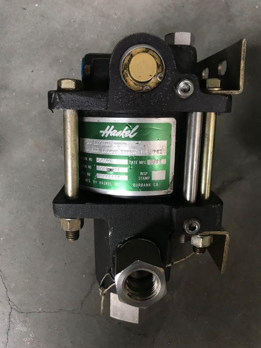 Vînd pompa de lichide înaltă presiune -HASKEL DF-150 , 4B-30 , MS-36