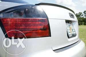 Vand ELERON (lip codita) Portbagaj Audi A4 B5 8E B7 B8 A6 A8