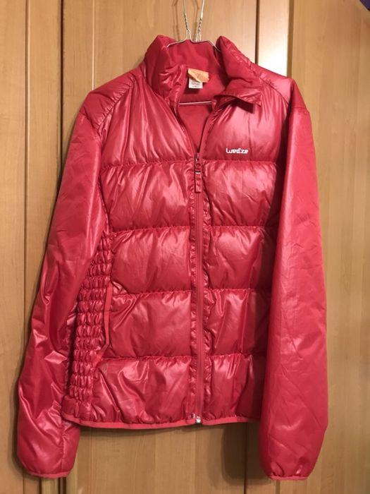 Дамско спортно пухено яке пухенка червено розово размер 44 ново Wedze