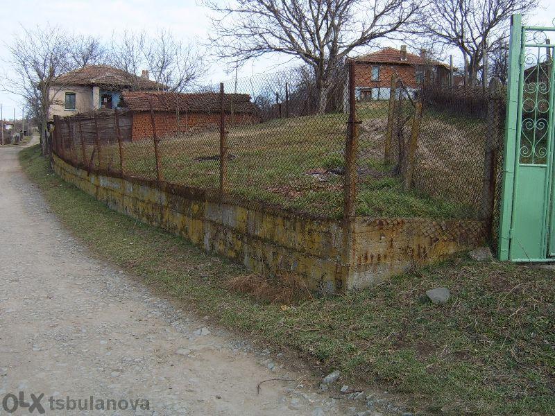 Парцел УПИ 750 кв. метра село Драчево.