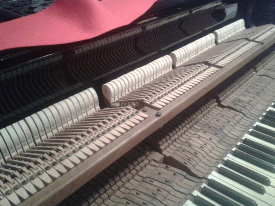 Ремонт и акордиране на пиано/роял