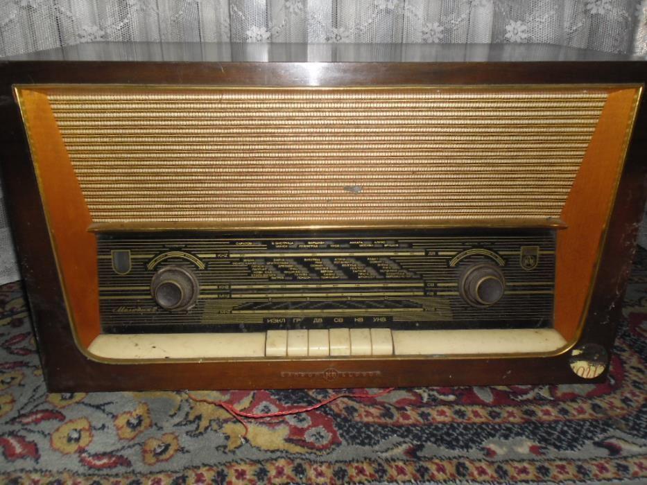 Мелодия 2 лампово ретро радио