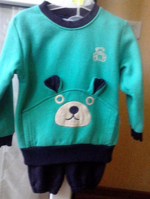 Спортивный костюм можно и на мальчика и на девочку с 1 годика до 2!