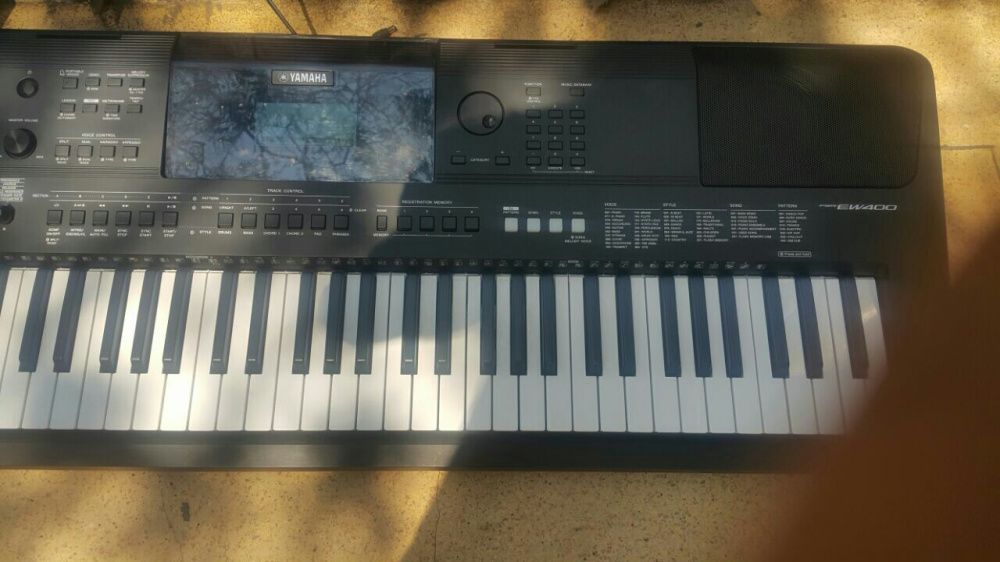 Piano/órgão psr e400