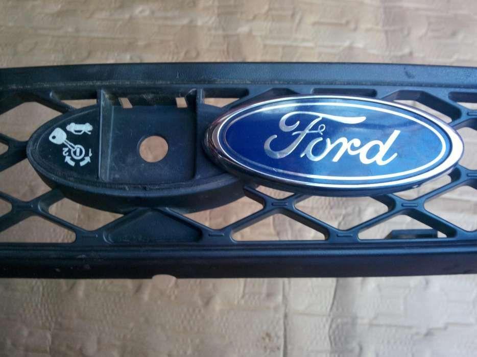 Sigla emblema Ford,grila fata,Ford Focus,Ford Mondeo