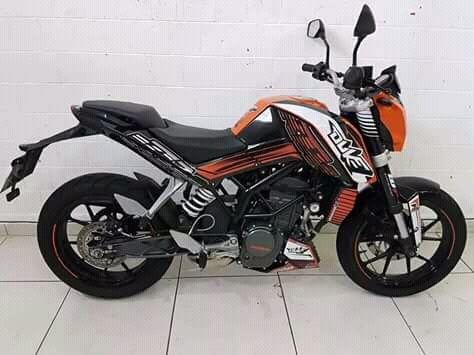 Moto Duke