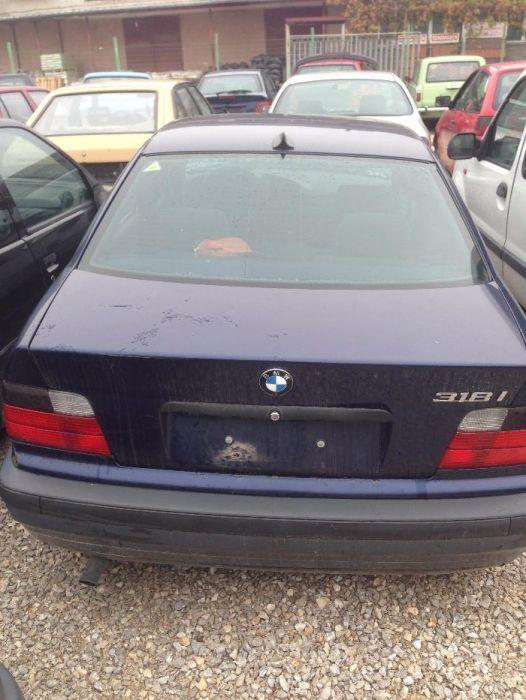 БМВ 318/BMW 318