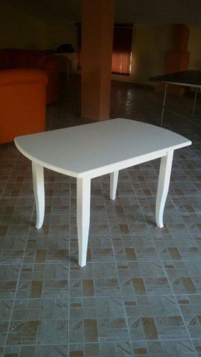Трапезна маса бяла