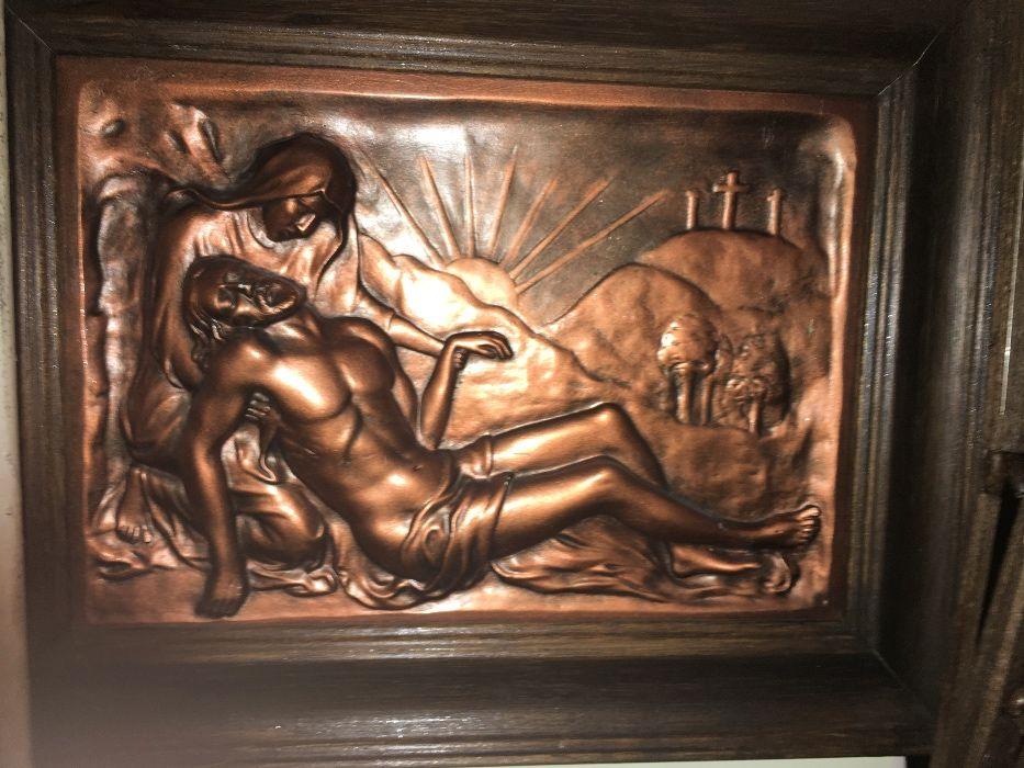 Coborarea lui Isus de pe cruce, expresiv basorelief pe bronz