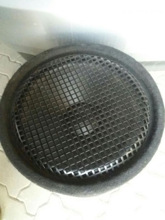 Subwoofer auto Ultimate