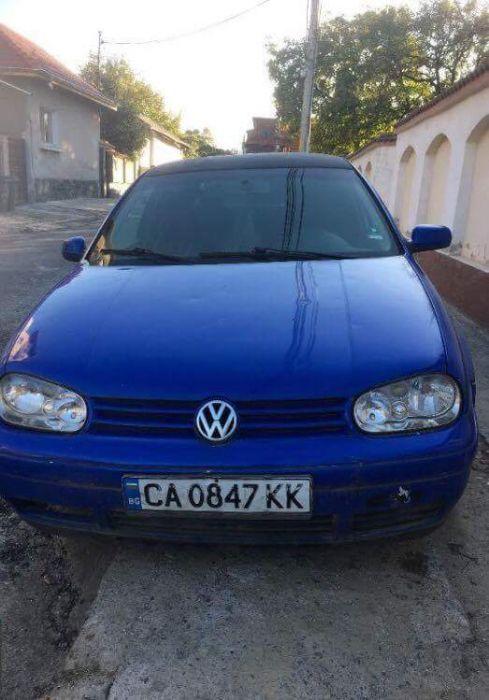 Volkswagen Golf 4 1.6 benz На части !