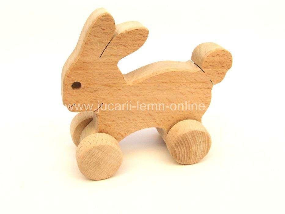 Jucarie lemn iepuras natur cu roti