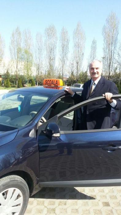 Instructor auto categ. B Tataru Ion - Scoala de soferi Bucuresti
