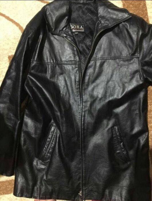 Продам мужскую кожаную куртку. Размер L. В отличном состоянии.