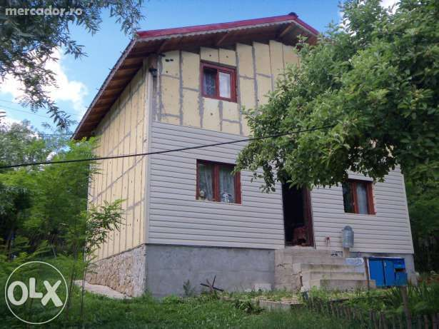Casa si teren la munte zona Slanic Prahova com Alunis