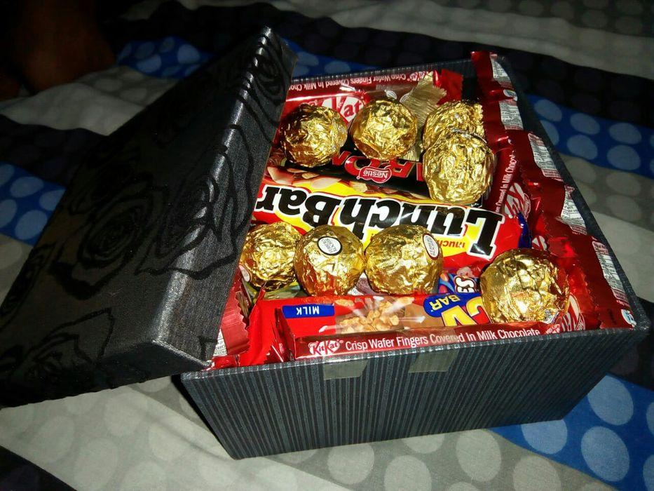 Caixa surpresa, explosivas com chocolates