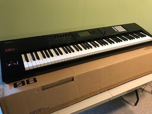Piano profissional a venda